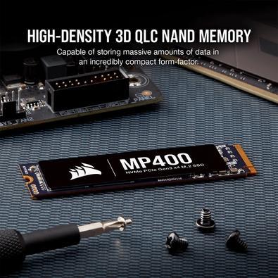SSD Corsair MP400, 2TB, M.2, PCIe, Leituras: 3400MB/s e Gravações: 3000MB/s - CSSD-F2000GBMP400